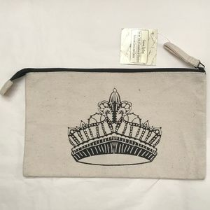 Canvas pouch with crown pattern NWT